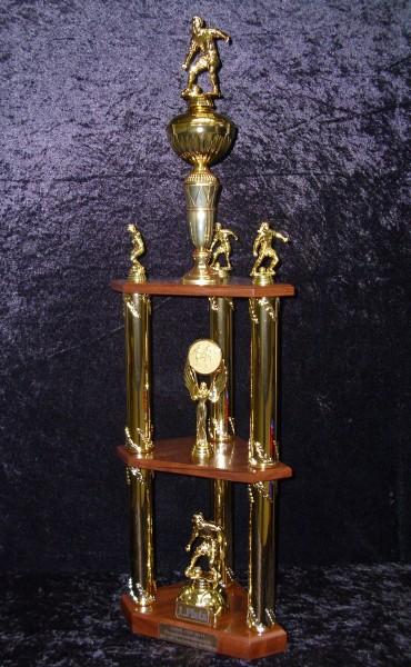 Säulenpokal Sylvia Gold/ Frauenfußball 950mm